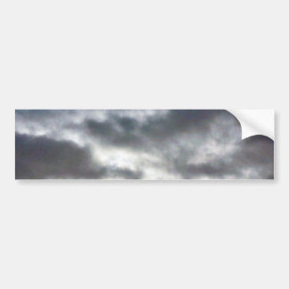 Nubes en el cielo etiqueta de parachoque