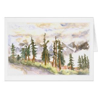 Nubes en el valle, montañas de la cascada tarjeta de felicitación