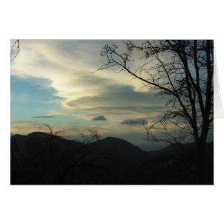 Nubes en las montañas de San Bernardino Tarjeton