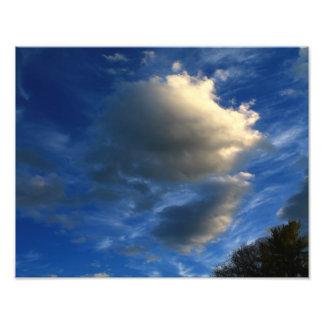 Nubes hinchadas únicas fotografía