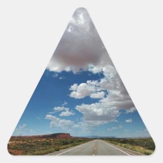 Nubes largas/largo camino pegatina triangular