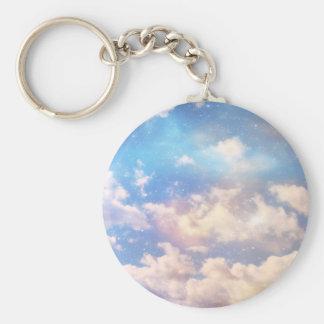 Nubes ligeras de la fantasía llaveros personalizados