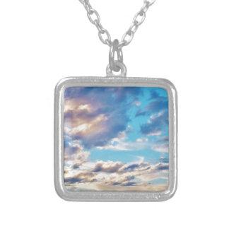 Nubes meridionales colgante cuadrado
