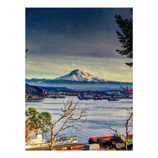 Nubes oscuras sobre el Monte Rainier Fotografías