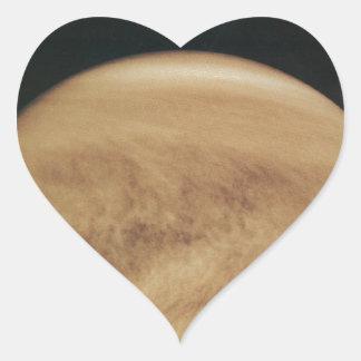 Nubes que brillan intensamente Venus Calcomania De Corazon
