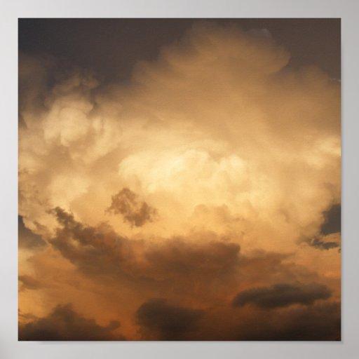 Nubes rojas de la monzón posters