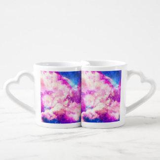 Nubes soñadoras de la nebulosa púrpura azul rosada tazas para parejas