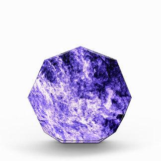 Nubes violetas