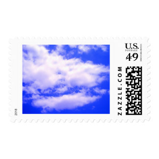 Nubes y cielo azul del claro sellos