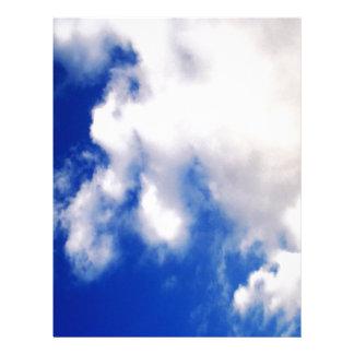 Nubes y cielo azul membrete personalizado