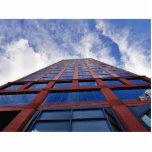 Nubes y edificio escultura fotografica