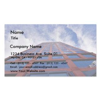 Nubes y edificio tarjetas de visita