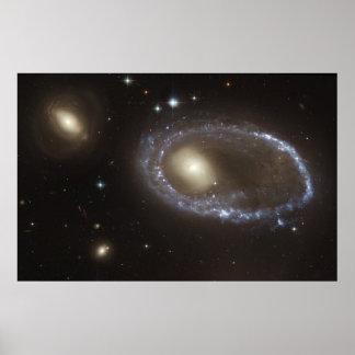 Núcleo del anillo de las estrellas azules de la póster