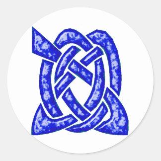 Nudo céltico 6 azul marino etiqueta redonda
