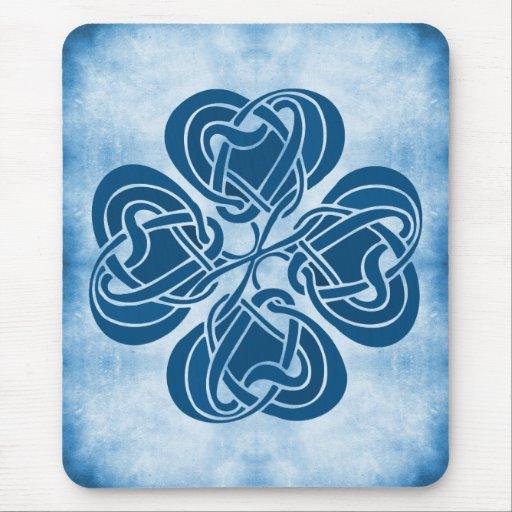 Nudo céltico azul enrrollado alfombrillas de ratón