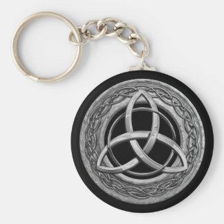 Nudo céltico de la trinidad del metal llaveros