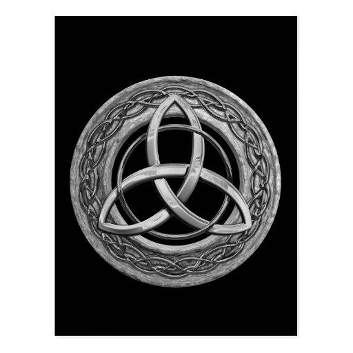 Nudo céltico de la trinidad del metal postales