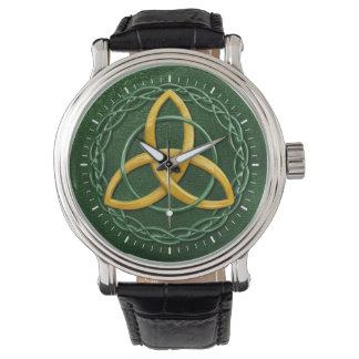 Nudo céltico de la trinidad relojes