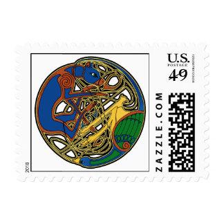 Nudo céltico del perro y del pájaro timbres postales