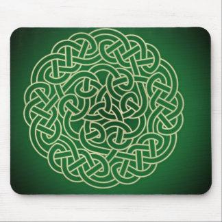 ¡Nudo céltico - ponga su irlandés! Alfombrillas De Raton