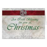 Nudo céltico tarjeta de Navidad roja y verde de Tr