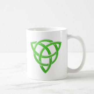 Nudo céltico taza básica blanca