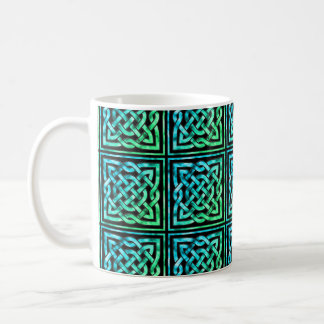 Nudo céltico - verde azul cuadrado taza clásica