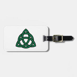 Nudo céltico verde etiquetas maleta