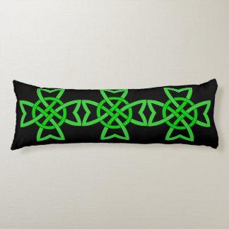 Nudo céltico verde irlandés almohada de cuerpo entero