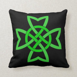 Nudo céltico verde irlandés almohada