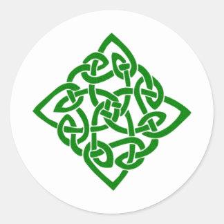 Nudo céltico verde pegatina redonda