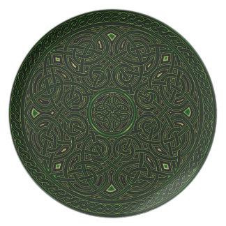 nudo céltico verde plato