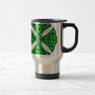 Nudo céltico verde taza de viaje