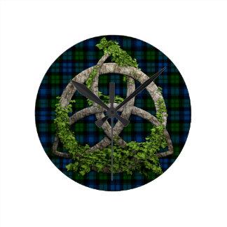 Nudo de la trinidad y tartán célticos de Campbell  Relojes De Pared