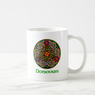 Nudo del Celtic de Donovan Taza