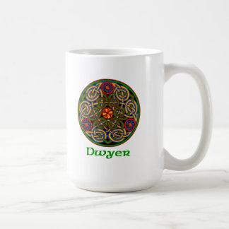 Nudo del Celtic de Dwyer Taza Clásica