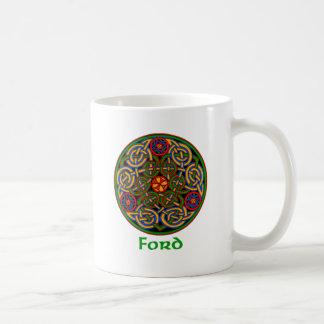Nudo del Celtic de Ford Taza