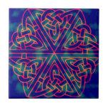 Nudo del Celtic del teñido anudado Azulejo