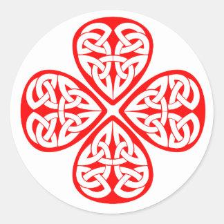nudo rojo del celtic del trébol pegatina redonda