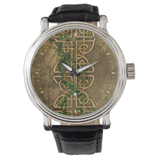 Nudos célticos decorativos con la hiedra relojes de mano