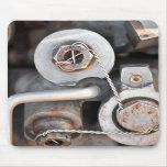 Nueces de Steampunk - y - pernos con el alambre Alfombrilla De Raton