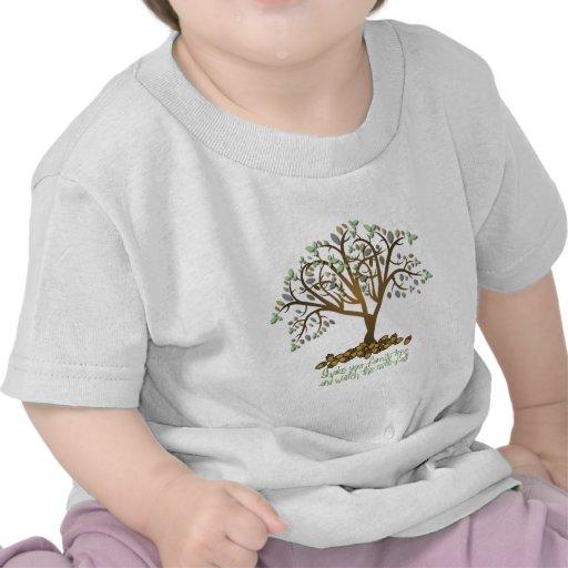 Nueces del árbol de familia camiseta