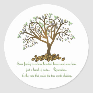 Nueces del árbol de familia pegatina redonda