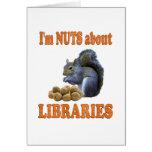 Nueces sobre bibliotecas felicitaciones