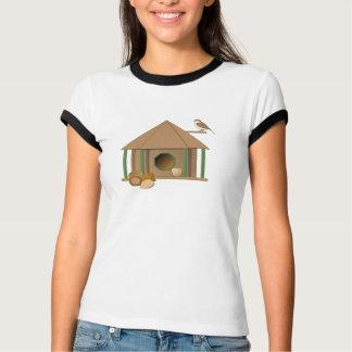 NUECES sobre la camiseta de los BirdHouses Playeras