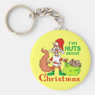 Nueces sobre navidad llavero redondo tipo pin
