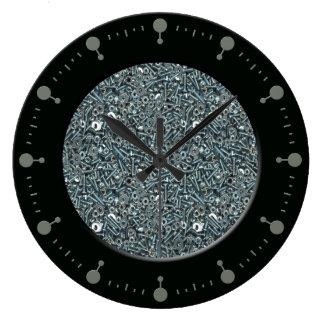 Nueces - y - reloj de pared del modelo de los pern