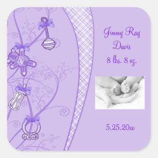 Nuestra nueva adición en tonalidades púrpuras pegatina cuadrada