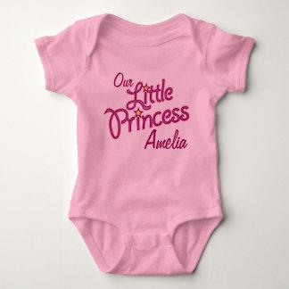 Nuestra pequeña princesa nombrada camiseta del