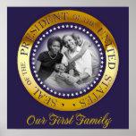 Nuestra primera familia, retrato presidencial del  póster